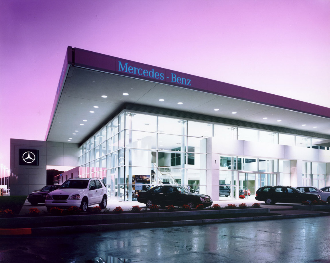 Mercedes benz auto dealership service center snyder for Mercedes benz service centre